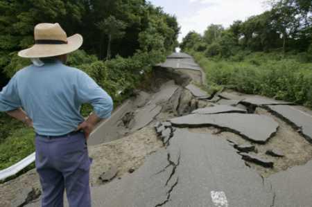 estrada_destruida.jpg