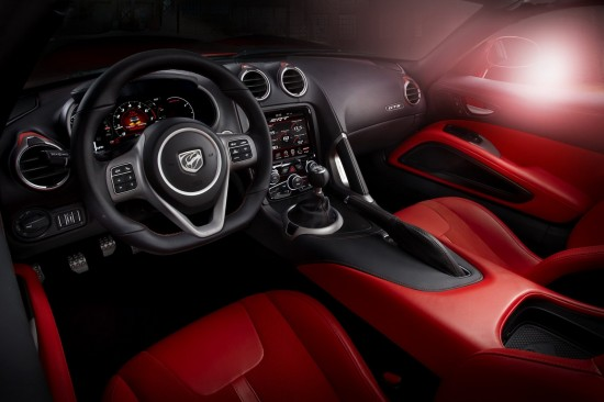 Fotos de Carros - Chrysler Dodge Viper SRT 2013