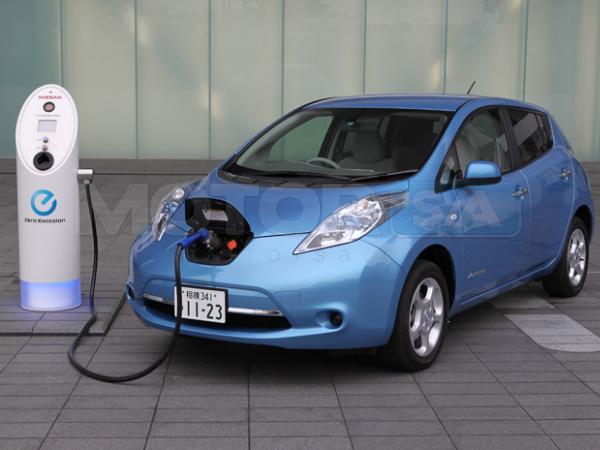 Nissan Leaf exterior - carro elétrico